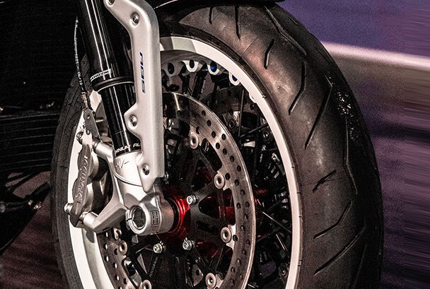 Five Factors To Consider Before Getting Your Motorcycle Tyres Replaced